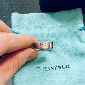 *LmtdEd* Tiffany & Co silver diamond ring